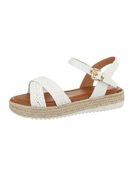 Biele sandále s pletenými remienkami