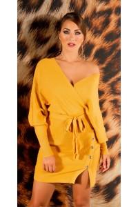 Horčicovožlté úpletové šaty s gombíkmi a výstrihom -1